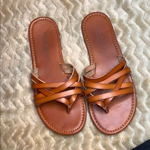 American Eagle strappy brown sandals